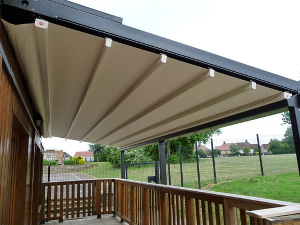 Retractable Canopies Manufacturer In Kolkata